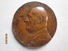 Emile VUILLEMIN , Ingénieur , 1895. La Compagnie Des Mines D'ANICHE . Signée Daniel DUPUIS . Bronze - Other