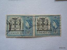 JAMAICA 1962, Queen Elizabeth II, Overprinted '1962 Independence', 3s Block Of 2 Stamps. SG190, Used. - Jamaica (1962-...)