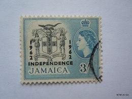 JAMAICA 1962, Queen Elizabeth II, Overprinted '1962 Independence', 3s Stamp. SG190. Used. - Jamaica (1962-...)