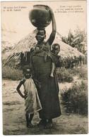 Missiën Der Paters Van Den H Geest, Jonge Moeder Op Weg Naar Fontein Mhonda, Oost Afrika (pk44298) - Cartes Postales