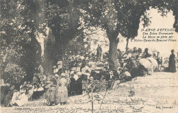 83 // SAINTE ANNE D EVENOS    Une Scène Provençale, Messe En Plain Air à Notre Dame Du Beausset Vieux ** - France