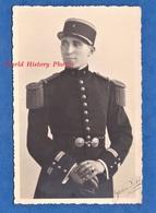 Carte Photo - BOURGES - Portrait D'un Officier Du 6e Régiment De Génie - Voir Uniforme Ceinturon - Unclassified