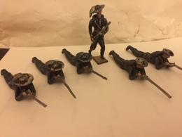 6 Soldats De Plomb Italiens BERSAGLIER  5 Couchés+1 Debout -Têtes Amovibles Soldat Debout Et De 3 Couchés - Tin Soldiers