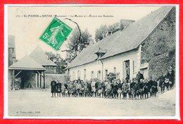 53 - SAINT PIERRE Sur ORTHE -- La Mairie Et L'Ecole Des Garçons - Autres Communes