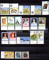 1985-87   Caimanes,  Entre Yv. 564  Et  609**,  Cote 127 €,net 30%  Tous Thématiques ** Postfrich - Central America