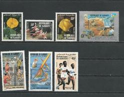 DJIBOUTI Scott 558-560, 562, C175-C176, 584 Yvert 564-566, 568, PA181-PA182, 590 (2) ** Cote 8,50 $ 1983-4 - Djibouti (1977-...)