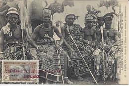 32 ABIDJAN Chefs De Village Venus Saluer Le Gouverneur, CÔTE D'IVOIRE, Carte Postale Non Circulée - Ivory Coast