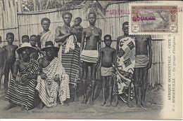 37 BINGERVILLE Groupe D'indigènes, Femme Poitrine Dénudée, Enfants, Hommes, CÔTE D'IVOIRE, Carte Postale Non Circulée - Ivory Coast