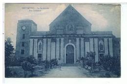 CPA-CAP HAÏTIEN-LA CATHEDRALE-ANIMEE-2 PERSONNAGES DEVANT- - Postcards