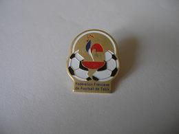 Fédération Française De Football De Table (baby Foot) - Badges