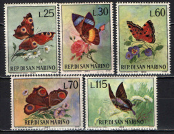 SAN MARINO - 1963 - FARFALLE VARIOPINTE E FIORI - MNH - Nuovi
