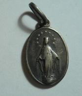 Silver Religious Pendant - Pendentifs