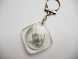 Beau Porte Clés , Produits Marguerite à Schiltigheim , Patisserie , Alsace - Key-rings