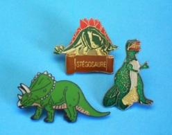 3 PIN'S //   ** 3 DINOSAURES  ** - Badges