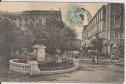 ALGERIE - ORAN - LA PLACE DE LA REPUBLIQUE ET LA FONTAINE AUCOUR - Oran