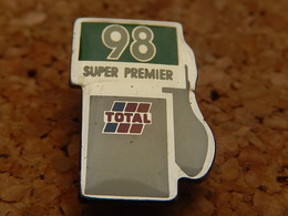 Pin's -  TOTAL - Fuels