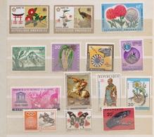 Rwanda   / Lot De Timbres / 1 Page / Etats Divers - Collections