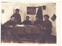 Photo Ancienne Soldats Au Bureau, 22eme Colonial ( écrit Marseille Au Verso ) - Guerre, Militaire