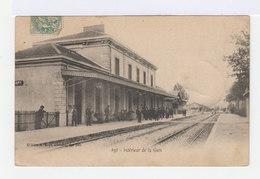 Apt. Intérieur De La Gare. (2674) - Apt