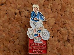 Pin's -  ELF - La Passion A Toujours Raison - Fuels