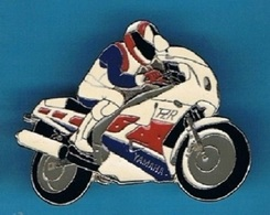 PIN'S // ** YAMAHA / FZR 1000 ** GÉNÉSIS ** - Motorbikes