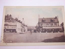 C.P.A. - Pont L'Evêque (14) - Place Du Calvaire - Route De Rouen - Hôtel Du Lion D'Or - 1940 - SUP (V82) - Pont-l'Evèque