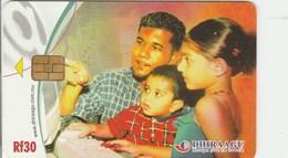 Maldives - Family - 2MLDGIR - Maldives