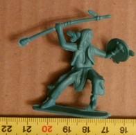 APACHE WARRIOR,PLASTIC - Tin Soldiers