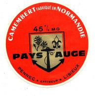 R 658 / ETIQUETTE DE FROMAGE - CAMEMBERT   PAYS D'AUGE  PENNEC LISIEUX  (CALVADOS) - Cheese