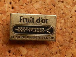 Pin's -  FRUIT D'OR - Food