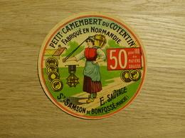 Petit-Camembert Du Cotentin E. Sauvage à St-Samson De Bonfossé - Cheese
