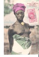 C P A   SENEGAL  AFRIQUE OCCIDENTALE   Fille Soussou Aux Seins Nus  N°72  1393 - Senegal