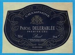 Etiquette De Vin De CHAMPAGNE Autocollante Sur Support - 51 VILLERS-MARMERY Marne - Pascal DELERABLEE (par Cheminon) - Champagne