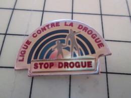 PIN313D Pin's Pins / Rare Et Beau : STOP DROGUE LUTTE CONTRE LA DROGUE - Medical