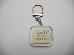 Beau Porte Clés , Confiserie Fausta , Tourcoing , Bonlait , Auto Rolls Royce 1903 - Key-rings