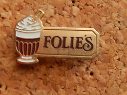 Pin's -  YAOURT FOLIE'S - Food