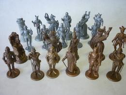 Lot De 22 FIGURINES Pièces D'echec  MOKAREX - Figurines