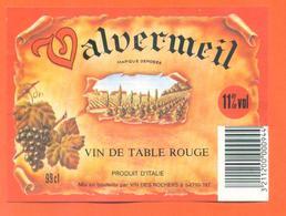 étiquette Vin De Table Rouge Valvermeil Vin Des Rochers à 54710 - 11°/° - 98 Cl - Red Wines