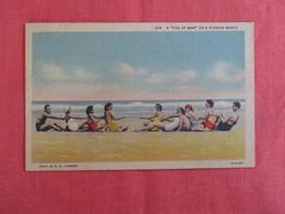 Females Tug Of War  Florida Beach  Ref 2929 - Pin-Ups