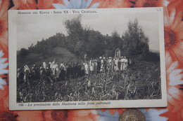 Africa MISSIONI  In Kenya / Old Vintage Postcard  - Madonna Prosession - Kenya