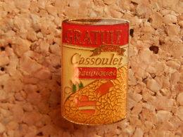 Pin's -   CASSOULET SAUPIQUET - Food