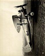 1930  BRISTOL BULLDOG DEMONSTRATOR   MONOPLACE DE CHASSE    24 * 19 CM Aviation, AIRPLAIN, AVION AIRCRAFT - Aviación
