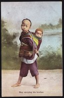 VINTAGE OLD CARD CPA ** HONGKONG  - BOY CARRYING HIS BROTHER - PERFECT CONDITION ! RARE THIS ONE ! - Chine (Hong Kong)
