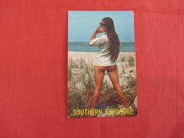 Pin-Ups -  Southern Exposure-- A Beautiful Sight To See    -ref 2930 - Pin-Ups