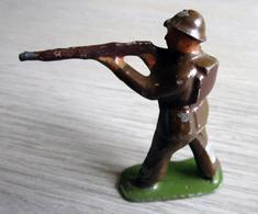 Soldat De Plomb Peint (quelques Manques) - Tin Soldiers