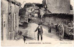 Cpa 56_ROCHEFORT EN TERRE - Rue Porte Cadre - Belle Animation Hommes, Attelage Agricle - Rochefort En Terre