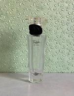 """Flacon  """"TRESOR IN LOVE """"de LANCOME  Eau De Parfum 30 Ml VIDE - Bottles (empty)"""