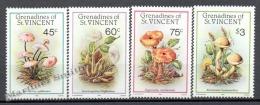 San Vicente Grenadines - Saint Vincent 1986 Yvert 467-70, Mushrooms - MNH - St.Vincent & Grenadines