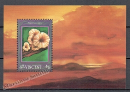 San Vicente - Saint Vincent 1992 Yvert BF 191, Mushrooms - Miniature Sheet - MNH - St.Vincent (1979-...)