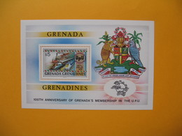 Bloc Feuillet    Trains  à Voir  Grenada - Trains